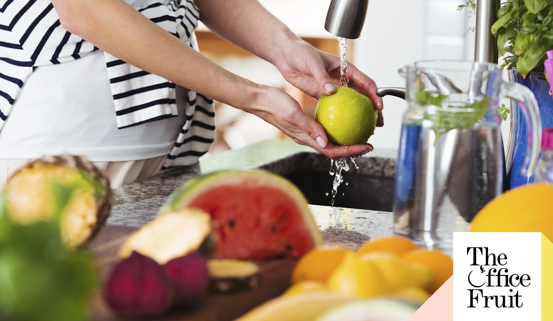 Guía para lavar tus frutas y un pack recargado de Vitamina C para mantener las defensas altas